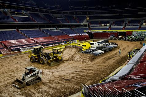 truck verizon center truck arena