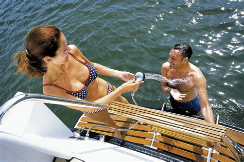 friesland bootje varen linssen yachts friesland on a linssen motor yachts
