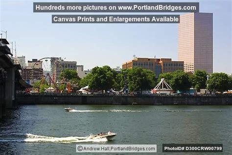 boat tower oregon willamette river boat us bancorp tower portland oregon