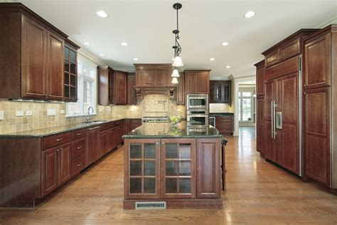 popular kitchen cabinets 5 most popular kitchen cabinet designs color style