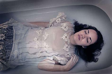 underwater bathtub girls underwater bathtub girls 28 images a million little