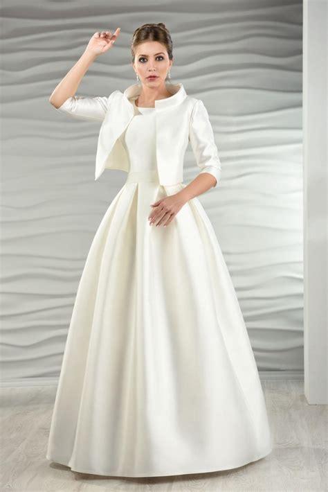 Brautkleider Jacke satin brautkleid mit jacke und kellerfalten kleiderfreuden