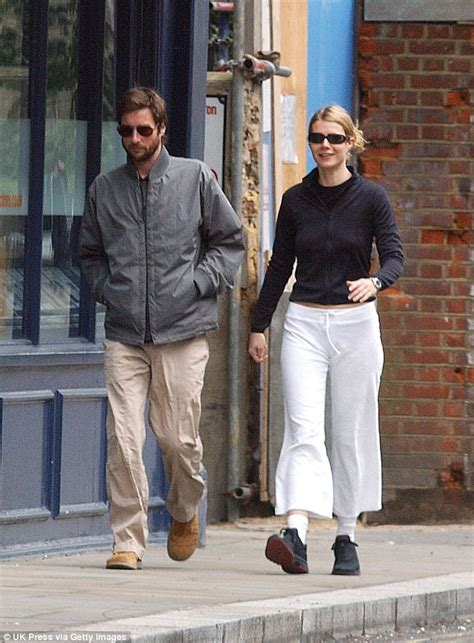 luke wilson engaged gwyneth paltrow engaged to to brad falchuk daily mail
