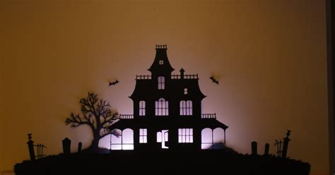 birshykat haunted house silhouette