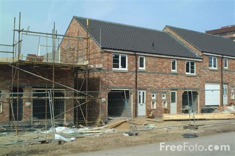 house building house building pictures free use image 13 19 7 by freefoto