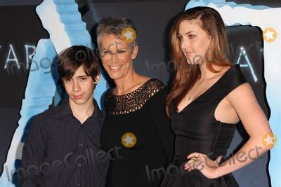 jamie lee curtis family pics photos and pictures dec 16 2009 los angeles