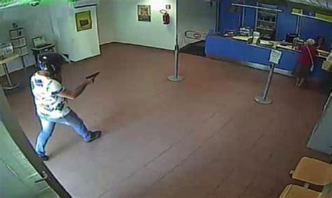 ufficio postale vibo valentia rapina in ufficio postale e tabacchino a pizzo arrestate
