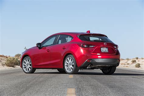 mazda 3 sedan 2014 mazda3 i sedan and s hatch first test motor trend