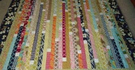 quilt pattern definition jelly roll quilt i really like the white squares to define