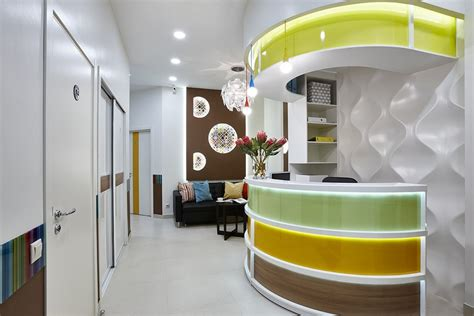 Cheerful Dentist?s Office That You Would Like to Visit