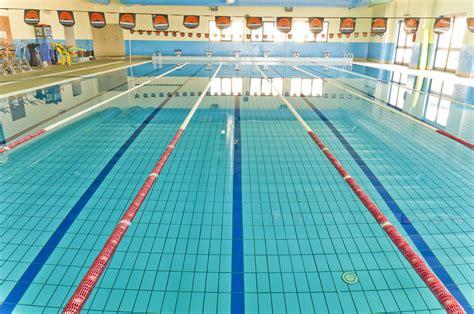 Foto Di Piscina panoramica della piscina