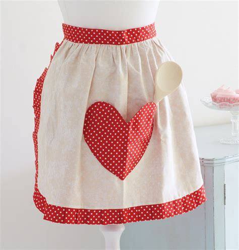 pattern for half apron with pockets tutorial retro style sweetheart apron sewing