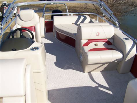 lowe tritoon boats for sale lowe ss210 rfl tritoon 2015 for sale for 28 495 boats