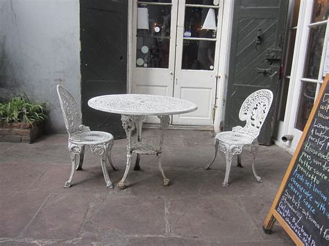 our daily green refurbished outdoor furniture