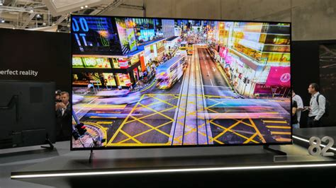 Samsung 8k Tv by Samsung Unveils 8k Qled Tv But Can You Tell The