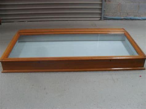mahogany table top display 136959