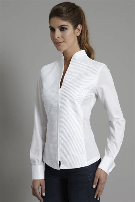 White Shirt Womens by Penelope A Devastatingly Modern Sculptural Shirt Gt Http Www Theshirtcompany P313