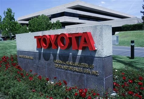Toyota Headquarters Los Angeles Toyota To Move And Marketing Headquarters From