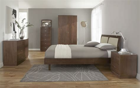 Walnut Bedroom Furniture Of The Week Como Walnut Bedroom Range Frances Hunt