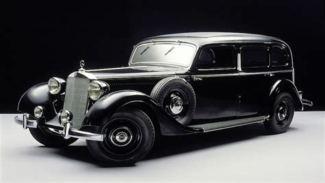 first mercedes 1900 the star and laurel life times