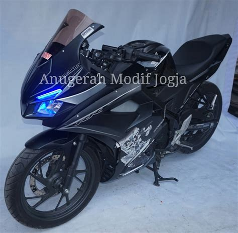 Lu Led Motor Yogyakarta modif new cb 150 r oleh anugerah modif jogja keren gan