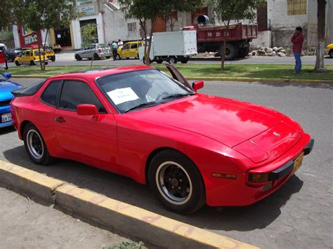 how to learn everything about cars 1984 porsche 944 parking system 1984 porsche 944 information and photos momentcar