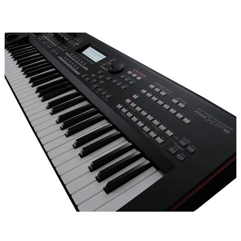 Keyboard Yamaha Synthesizer yamaha moxf6 synthesizer keyboard at gear4music