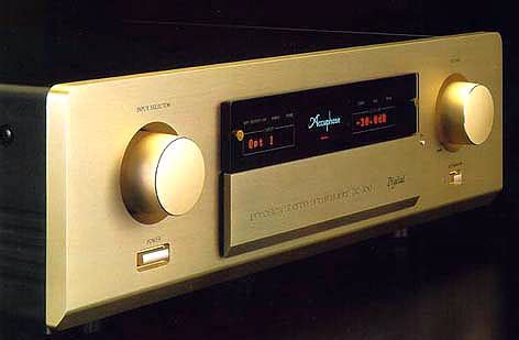 Accuphase DC-300 D And D Motors