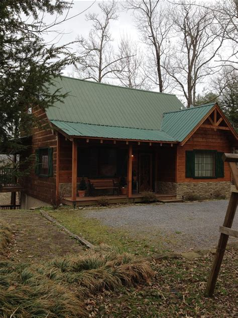 Mill Creek Cabin by The Mill Creek 3 Deluxe Pigeon Forge Gatlinburg Cabins For Less Money Deluxe Pigeon Forge