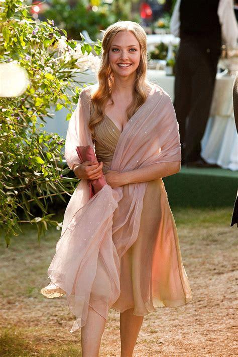 amanda seyfried juliet fashion fridays movie edition part ii