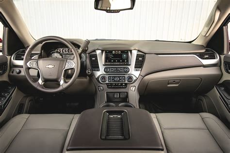 2015 Tahoe Interior by 2015 Chevrolet Tahoe Lt Update 6 Time To Tow Motor Trend