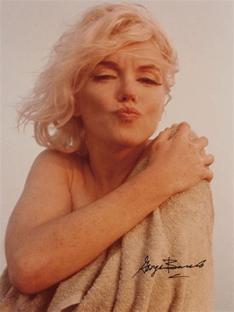 monroe s pucker up stunning shots from marilyn monroe s last