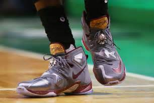 lebron james shoes best 7 lebron james signature shoe colorways of 2015