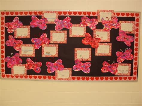 bulletin board ideas for valentines day mrs seymour s valentines day bulletin board idea