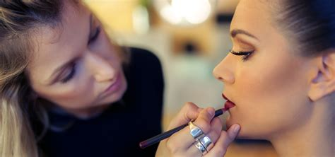 Make Up Artist Bennu An Idaho Makeup Artist Just Got The Best