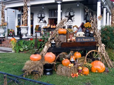 homes decorated for halloween share your photos of halloween folklife today