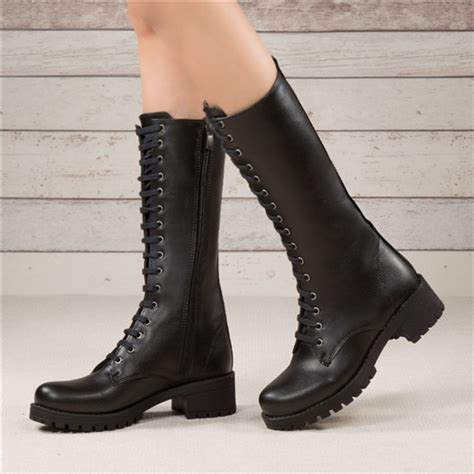 torita siyah deri kisa topuklu cizme