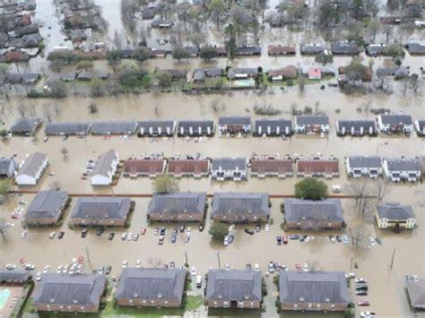 videosphotos usa today record flooding sws texas louisiana miss