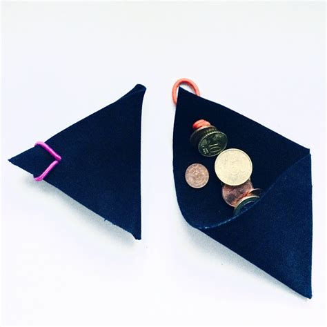 Tuto Porte Monnaie Triangle by Guest Post Le Porte Monnaie Triangle En Cuir Diy