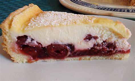kuchen mit kirschen kuchen mit kirschen und schlagsahne beliebte rezepte f 252 r