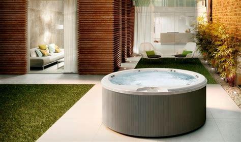 vasche idromassaggio da interno idromassaggio da esterno consigli giardino