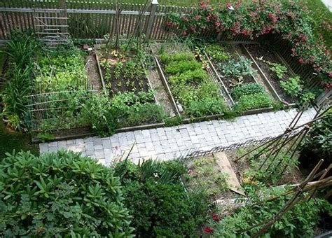 A Beautiful Vegetable Garden Gardening Pinterest Beautiful Vegetable Garden Pictures