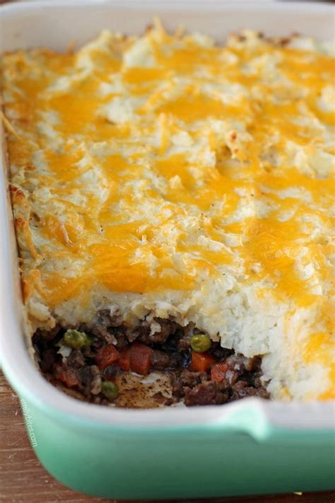 how to make cottage pie cottage pie beef shepherd s pie emily bites