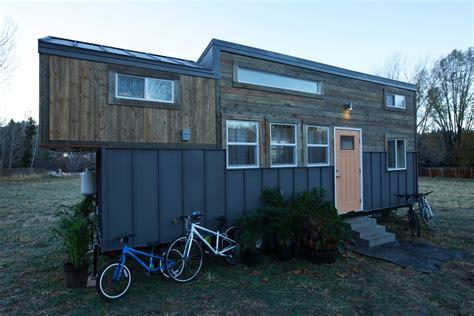tiny house for family of 4 solar powered tiny house sleeps a family of four