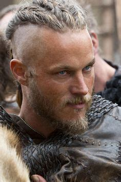 how did they do ragnar lothbroks hair style ragnar lothbrok s hairstyle from vikings