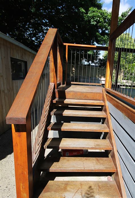 stain  deck diy project  thehomecomau