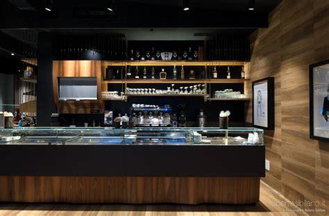 bar interni foto allestimenti e interni di bar e locali l immagine