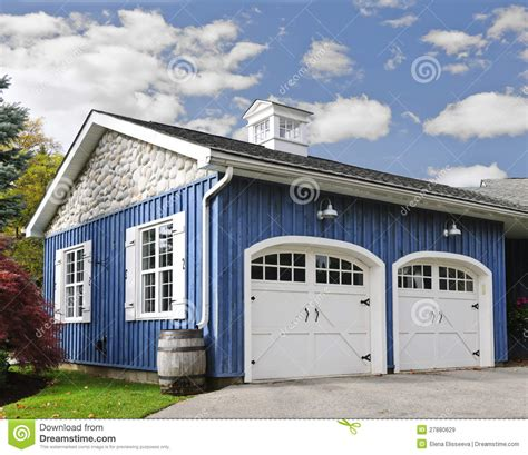 build a two car garage rubbermaid shed 8x7 free two car garage building plans
