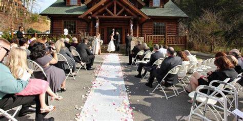 Pick Pigeon Forge Wedding Venues | pigeon forge wedding venues mini bridal