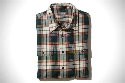 difference between flannel and plaid mountain man 18 best flannel shirts for fall hiconsumption